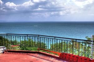 Сонник Балкон 😴 приснился, к чему снится Балкон во сне видеть?