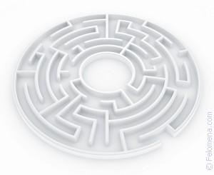k-chemu-snitsya-viyti-iz-labirinta