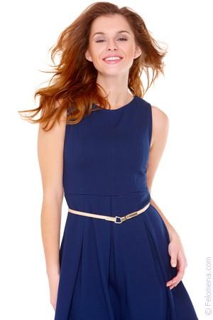 Приснилась девушка в платье синем