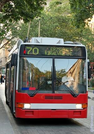 ехать в Троллейбусе по соннику