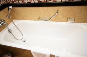 Как удовлетворить подругу в ванной